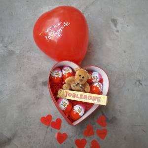 Aşk Sürprizi - Kırmızı Kalp Kutu